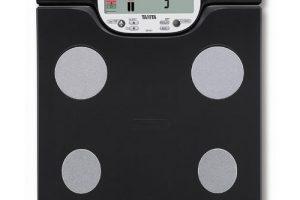 Báscula Tanita negra con tarjeta SD